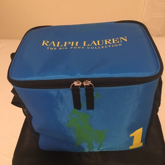 Lunch Bag or Toiletry Bag. M 5b1588b65c4452643832daf4 1efc4e0168ba7